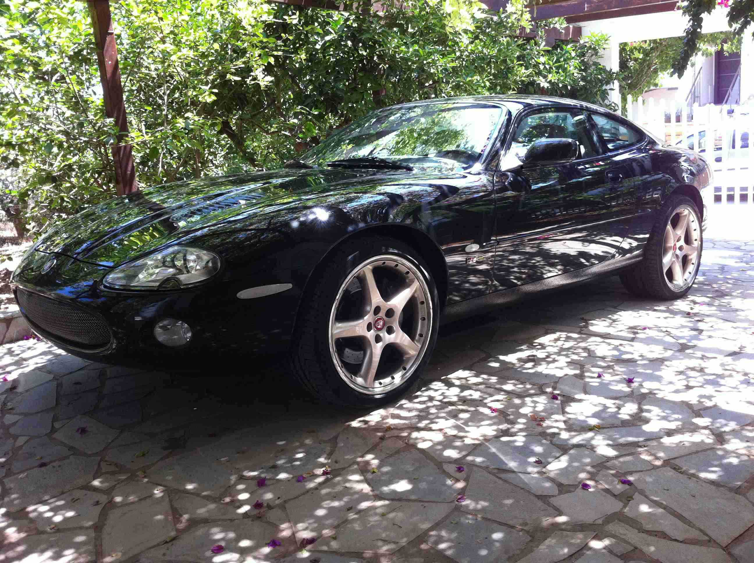 Xk8 Xkr Parts Gallery Dimitris D S Fantastic Looking Xkr Based In